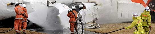 Dos muertos al estrellarse un avión de carga en el aeropuerto internacional de Tokio  (Imagen: EFE)
