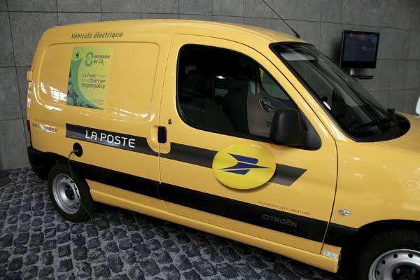 Coches y motos ecologicas.......El futuro-http://estaticos.20minutos.es/img/2009/03/27/945995.jpg