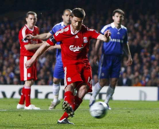 Xabi Alonso en el Chelsea - Liverpool