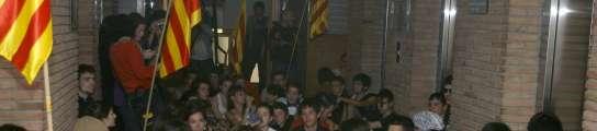 Los estudiantes, en el Departamento catalán de Educación.