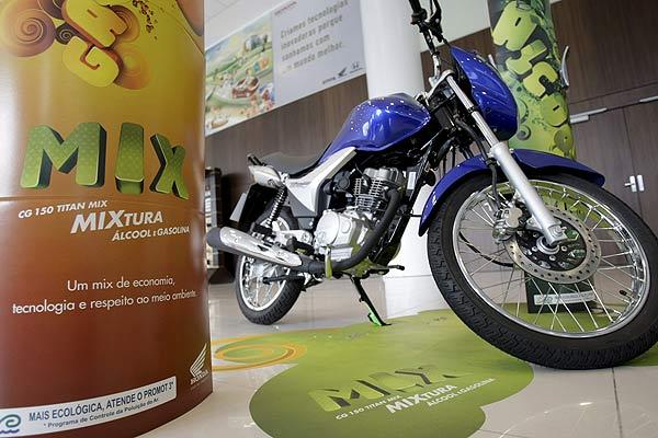 Motocicleta con bioetanol de azúcar
