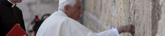 El Papa Benedicto XVI dice que el matrimonio gay amenaza a la creación  (Imagen: Ronen Zvulun / EFE)