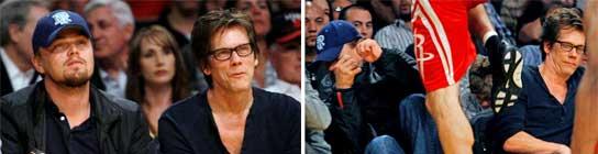 Leonardo DiCaprio y Kevin Bacon, a punto de ser arrollados en el baloncesto  (Imagen: DANNY MOLOSHOK / REUTERS)