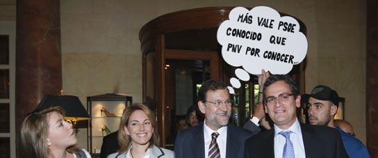 """Colocan un bocadillo de cómic a Rajoy: """"Más vale PSOE conocido que PNV por conocer""""  (Imagen: Chema Moya / EFE)"""