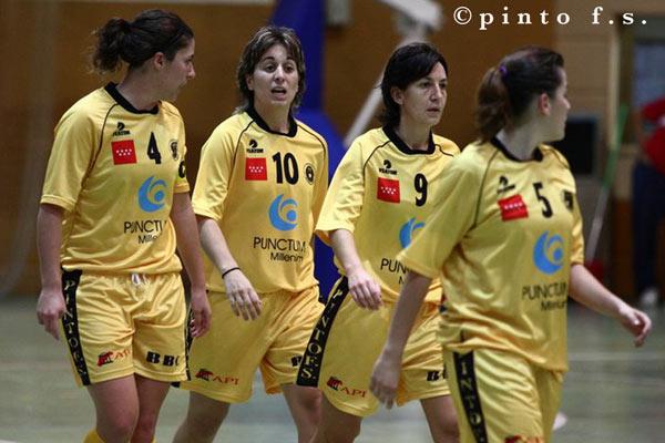 las jugadoras del Millenium Pinto F.S.F.