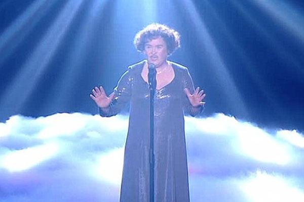 Asistencia para Susan Boyle antes de la final
