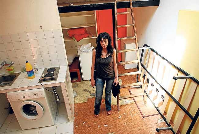 Unas familias madrile as viven todav a en for Vivir en 25 metros cuadrados