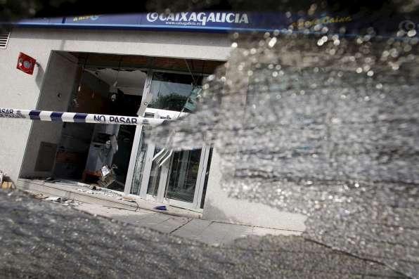 Bomba en un cajero de Vigo