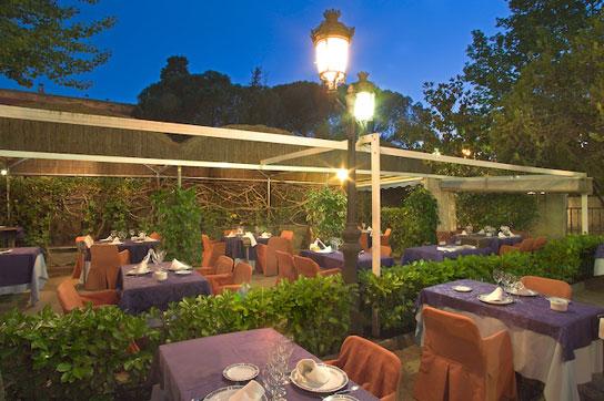 cenar en las terrazas de la casa de campo