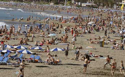 Una playa abarrotada.