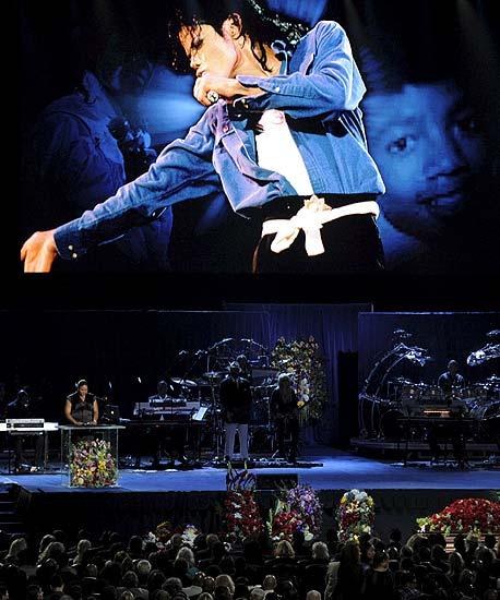 Multitudinario funeral del rey del pop
