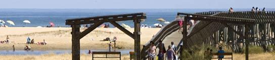 Siete menores detenidos por violar a una ni�a de 13 a�os en una playa de Huelva  (Imagen: EFE)