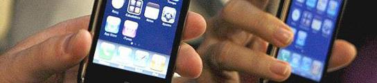Un chico hablaba por el iPhone de su novia... y le explotó en la cara (Imagen: ARCHIVO)