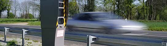La DGT medirá el tiempo para controlar la velocidad de los vehículos  (Imagen: AUTOSCOUT24)