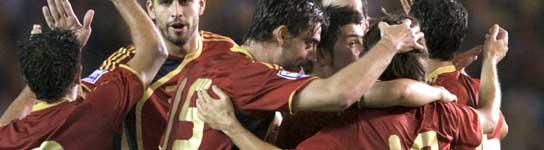 Lección de España bajo un nuevo dibujo de Del Bosque (5-0)
