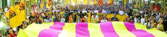 Partidos políticos e instituciones participan hoy en la ofrenda floral de la Diada  (Imagen: ARCHIVO)