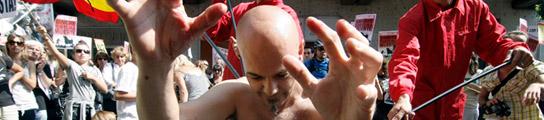 Protesta contra el Toro de la Vega