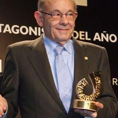Félix Millet, recibiendo el premio 'Protagonistas'.