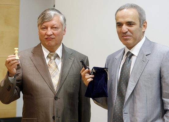 Garry Kasparov y Anatoly Karpov,