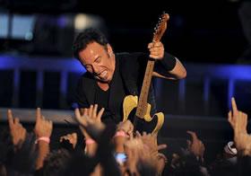 <p>Bruce Springsteen - 280</p>