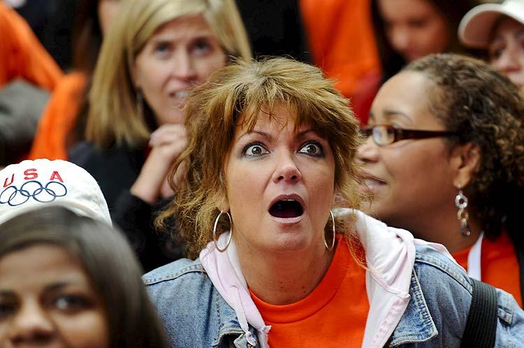 Eliminación de Chicago. Miles de personas reaccionan tras conocer la eliminación en primera votación de Chicago, Illinois (EE UU), durante la votación del Comité Olímpico Internacional (COI) para escoger la sede de los Juegos Olímpicos de 2016.