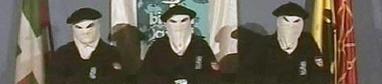 El último jefe etarra detenido en Francia ejercía de portavoz en los vídeos de la banda  (Imagen: REUTERS)