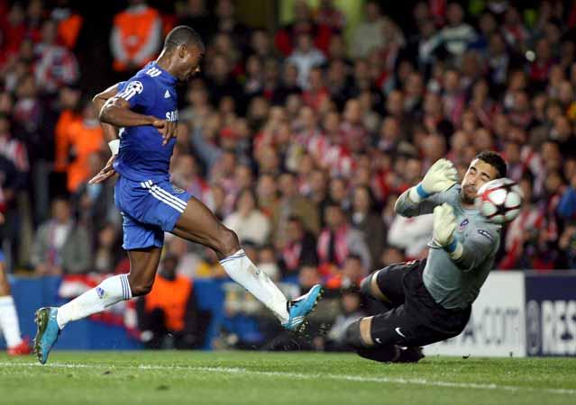 Kalou y Asenjo, en el Chelsea - Atlético