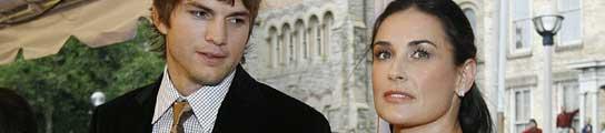 <p>Ashton Kutcher y Demi Moore 544</p>