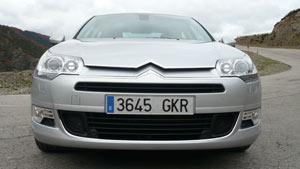 <p>Frontal del Citroën C5.</p>