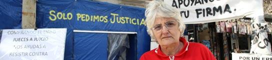 20 años de lucha y 5 meses de acampada para pedir justicia por su hijo en coma  (Imagen: Jorge París)