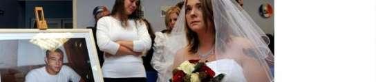 Una francesa se casa con su novio muerto  (Imagen: THE GUARDIAN)