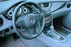 <p>Interior del Mercedes CLS</p>