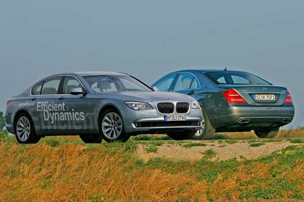 BMW ActiveHybrid 7 vs. Mercedes S 400 Hybrid