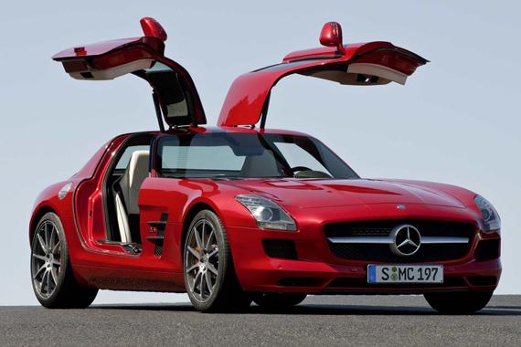 <p>Mercedes-Benz SLS AMG</p>