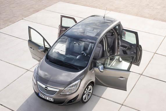<p>Opel Meriva</p>