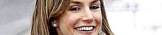 Una nueva sonrisa para doña Letizia  (Imagen: ARCHIVO)