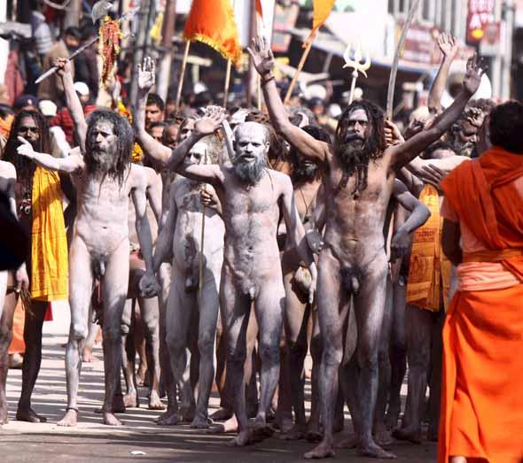 Videos de hombres indios desnudos