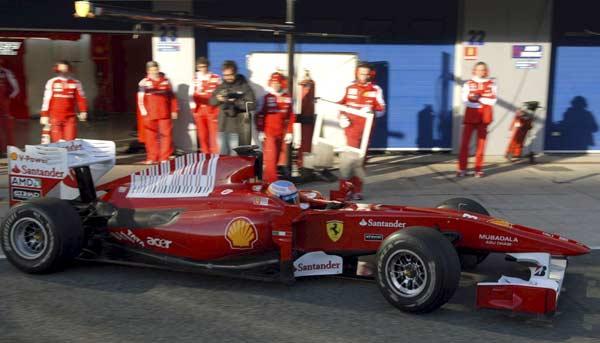 Alonso con su Ferrari