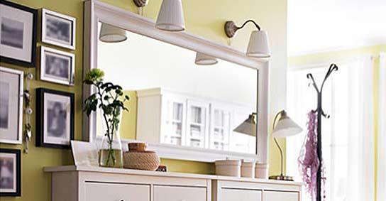 los espejos dotan de ms luz reflejando la que pasa a travs de fuentes naturales o y rebotndola por toda la habitacin ikea ampliar
