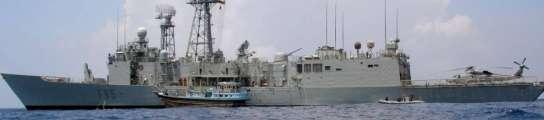 Militares españoles detienen a seis piratas y recogen un cadáver en la costa de Somalia  (Imagen: EFE)