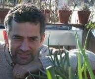El ingeniero agrónomo Josep Maria Vallès ha escrito el libro <i>El huerto urbano.</i>
