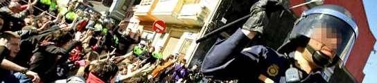 Carga policial en el Cabanyal de Valencia