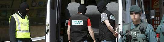 """Interior afirma que los diez detenidos """"no sólo defendían a etarras, eran de ETA""""  (Imagen: Javier Etxezarreta / EFE)"""