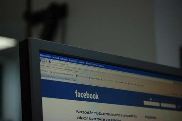 Un estudio establece a través de Facebook los días en los que las parejas se separan