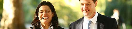 Miriam González y Nick Clegg