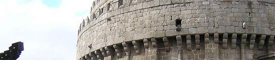 Descubren un pasadizo secreto de 13 metros de largo y 2 de alto en la catedral de Ávila  (Imagen: WIKIMEDIA)