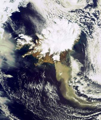 La erupción del volcán Eyjafjallajoekull.