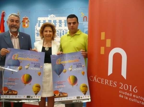 Más de una veintena de globos aerostáticos sobrevolará Cáceres en la III Copa Ibérica de Aeroestación