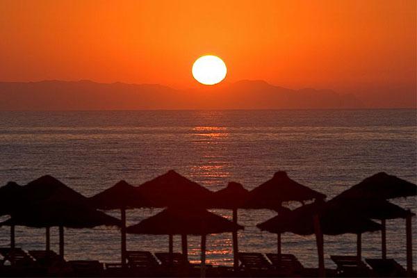 Cuando almer a se llena de luz - Costa sol almeria ...
