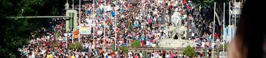Miles de personas inundan Madrid para reivindicar los derechos transexuales  (Imagen: EFE)